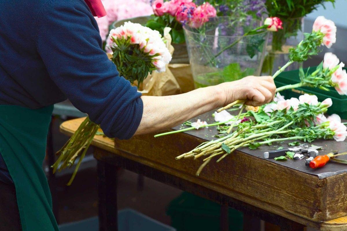 Обучение на курсах всех видов флористики услуг